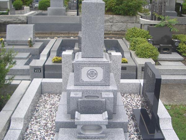 墓石 和型3